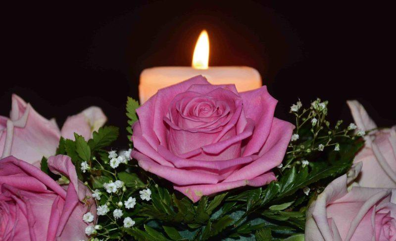 A candle that regaims lost love